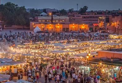 Marokko Markt bei Nacht