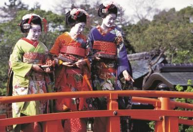 Japan-Geishas_isoCoated V2 300_CMYK