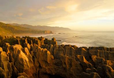 NZ_WC_Pancake Rocks_iStock_000003921848Large_ELK