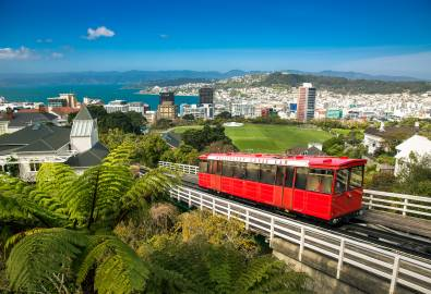 NZ_WLG_Wellington_with_red_Cable_Car_shutterstock_254848000