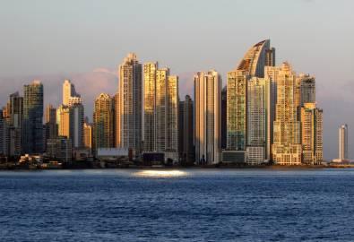 Panama-City Skyline