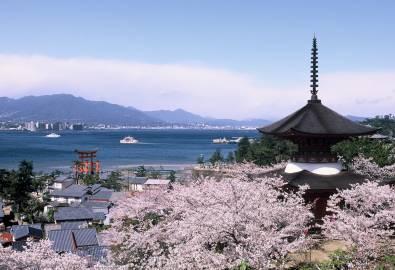 Japan - Tahoto Pagode Miyajima