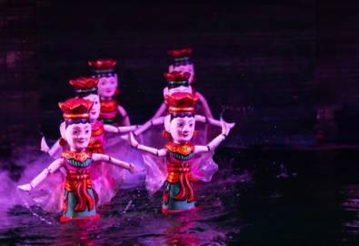 Vietnam_Wasserpuppentheater_shutterstock_1064278664