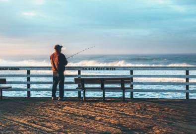 X_Fisherman_StockSnap_BINDJ6YYJG_2019-09.26