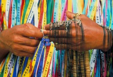 Brasilien Salvador bunte Bänder