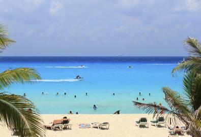 playa-del-carmen-iStock_000017308894XLarge