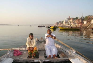 Indien Varansi Ganges Boot
