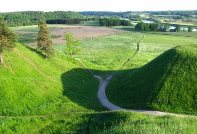Lettland Kernave Hügellandschaft