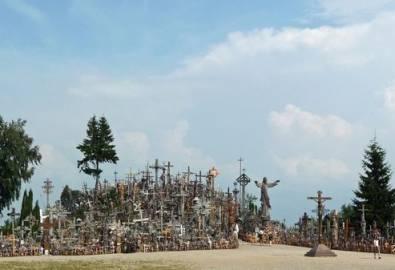 Lettland Siauliai Berg der Kreuze