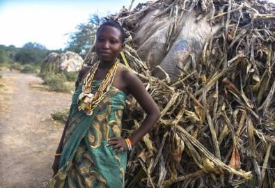 Tansania Hadzabes Frau